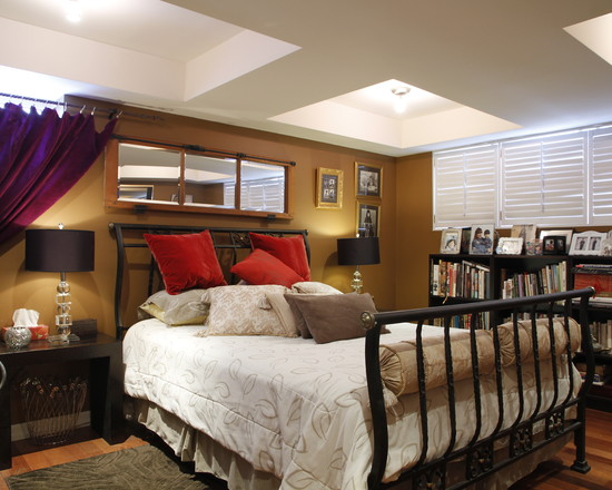 Some Interesting Pictures About Recessed Ceiling Design: A Recessed Ceiling With Semiflush Lighting At Traditional Bedroom Wooden Laminate Floor Red Pillow And Book Shelves