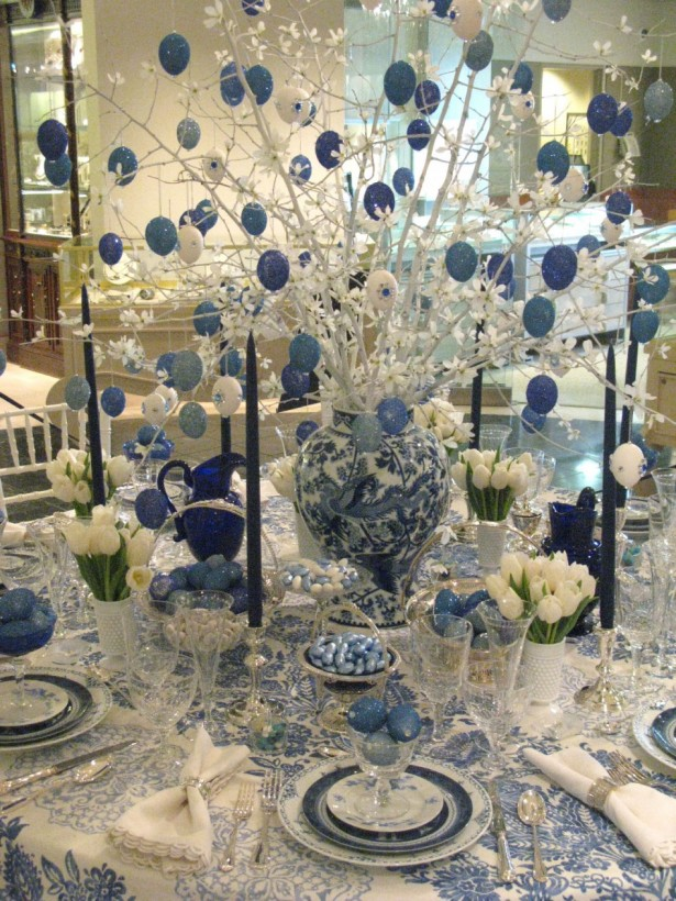 Fascinating Christmas Banquet Table Decoration Ideas: Amazing Christmas Banquet Table Decoration Ideas Minimalist Floral Blue Dining Tablecloth With Cute Chinese Dragon Vase ~ stevenwardhair.com Holiday Decoration Inspiration