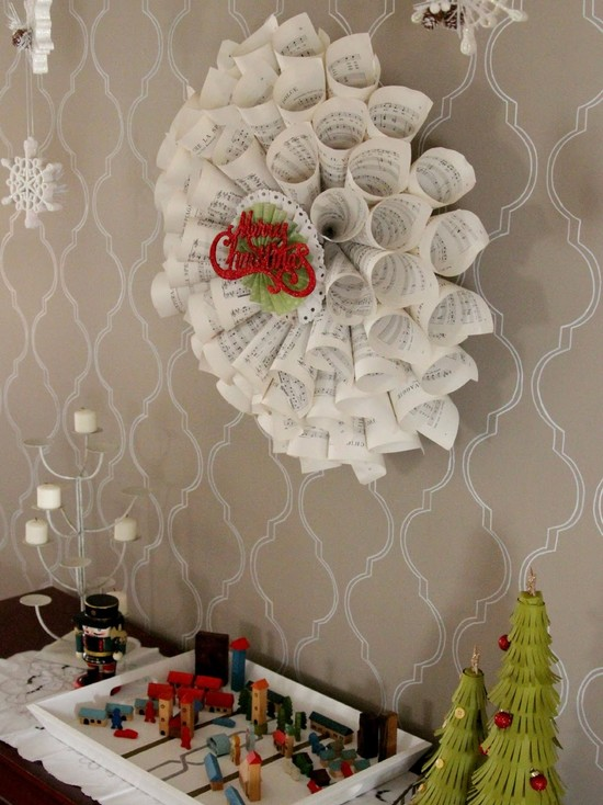 Inspirative White Feather Wreaths : Amusing Dining Room White Feather Wreaths Rolled Sheets Of Music Make A Beautiful Wreath A Retro Merry Christmas Sign Adds A Vintage Touch