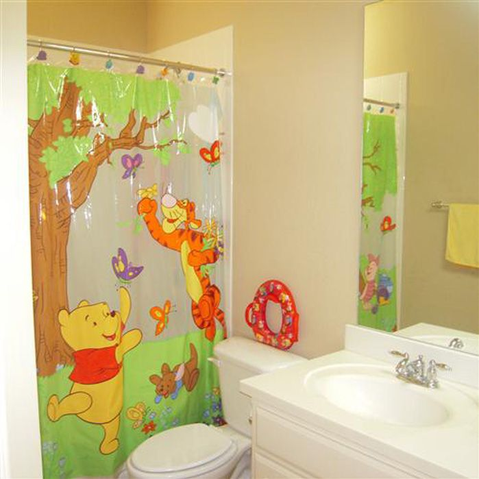 Awesome Bathroom Design For Small Apartment: Amusing Small Apartment Kids Bathroom Decorating Design Ideas