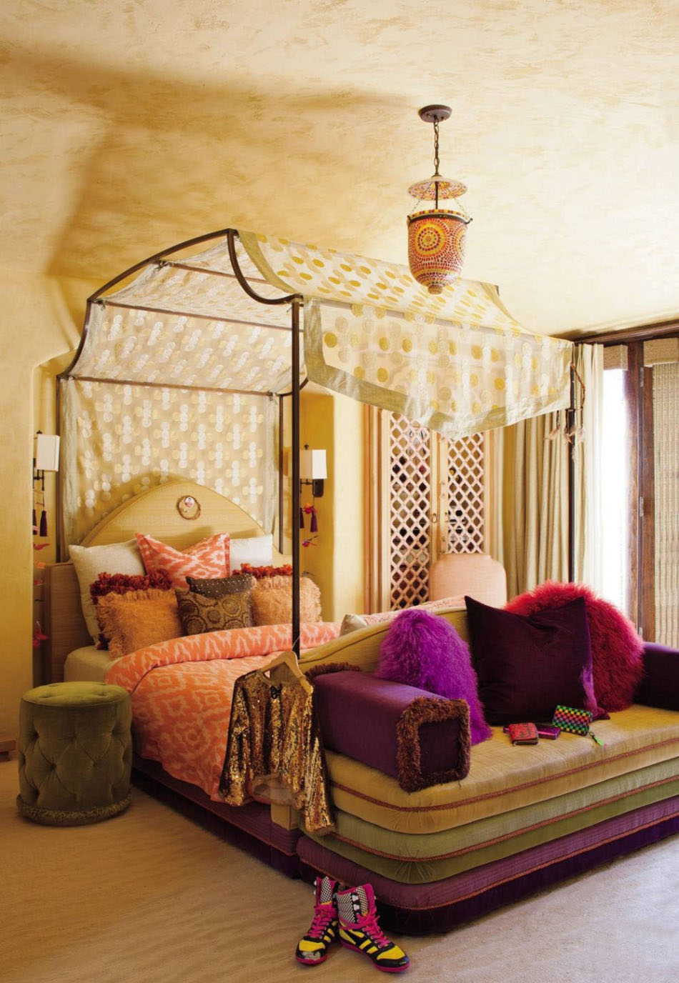 Flaunt Your Bedrooms with Decorative Canopy Beds (part-1) : An Exotic Californian Bedroom Flaunting The Iron Four Poster Is Draped With A Canopy Bed Of Patterned Silk Reaching Over The Bed To Create A Beautiful Effect