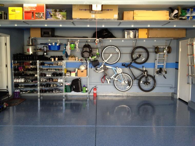 Ideas To Create An Organized And Modern Looking Garage: Appealing Ideas To Create An Organized And Modern Looking Garage With Mountain Bikes Shoe Rack White Doors Garage Storage Systems With Blue Ceramics