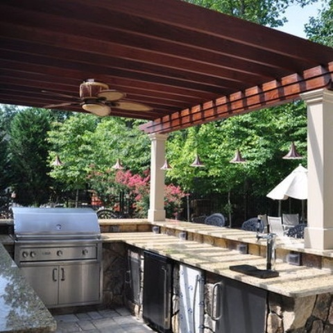 Awesome Outdoor Kitchen Designs That Will Make Your Patio Stylish And Inviting : Astonishing Casual Outdoor Stylish And Inviting Kitchen Designs Ideas With Metal Grill And Greatly Improve The Performance Of Your Outdoor Kitchen