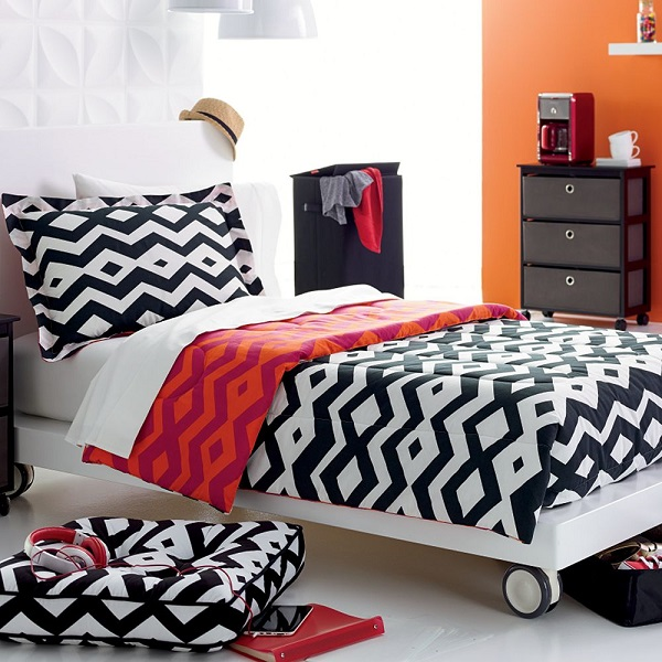 Sleek Color Combination For Bedroom Decoration: Astonishing Shifting Bedroom Design Sense With Inspiring Reversible Bed Model With Tcombination Tribal Color Combination