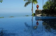 Most Spectacular Infinity Pools Design : Awesome Hanging Infinity Pool Design Ideas