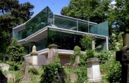 Remarkable Glass Wall Design That Peeks Over the Hills : Beaituful Unique Wall Design And Beautiful House Overlooking Near The Forest