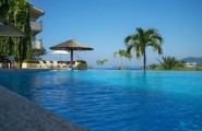 Most Spectacular Infinity Pools Design : Beautiful Bay Side Infinity Pool Design Ideas