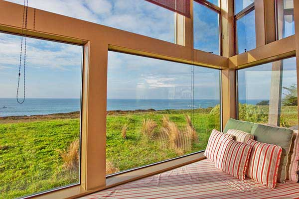 Picture Of Bay And Backyard View Windows : Beautiful Bay View Window With Seats Cushions Ideas