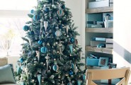 Beautiful Living Rooms Christmas Decoration Ideas : Beautiful Christmas Living Room Interior Decoration With Gift Under The Christmas Tree And On Built In Shelves