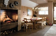 Beautiful Country Style Decoration For Your Home : Beautiful Country Style Dining Room Decoration With Oak Wooden Table Set And Wooden Wall Panel And Country Fireplace