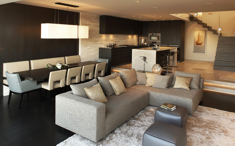 Luxury Apartment With Integrating Panoramic Window: Beautiful Neat Small Open Space Living Area Interior Of Luxury Harbor Side Apartment