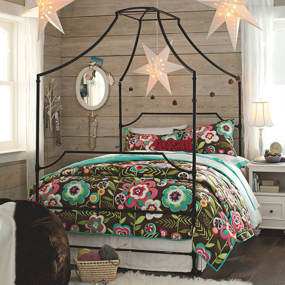 Flaunt Your Bedrooms with Decorative Canopy Beds (part-1) : Beautiful  Pottery Barn