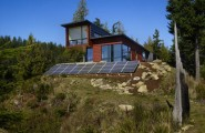 Chuckanut Ridge House: An Elegant Design Asian Influences And Self Sustainable Housing : Beautiful Self Sustainable House Exterior Design With Photovoltaic Panels And Fascinating Landscape Outdoors Ideas