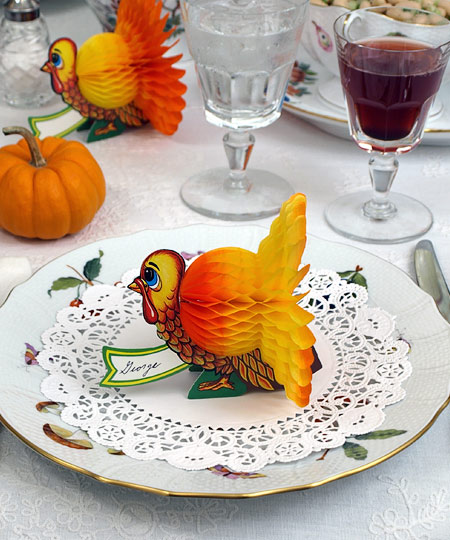 Inspiring Thanksgiving Table Decoration For Successful Celebration: Beautiful Thanksgiving Table Decorations Orange And Yellow Turkey Paper Name Plate Small Pumpkin Accent Paper Lace Napkin On A Pretty China