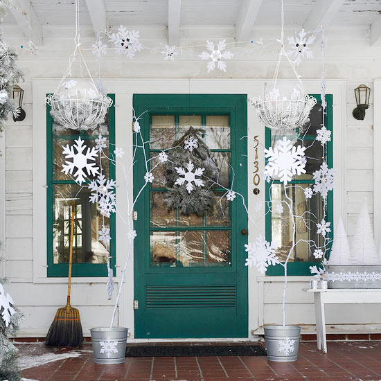 Front Porch Christmas Decorating Ideas: Beautiful White Stars Christmas Exterior Decorations Ideas On Front Porch Of Green Door And Window Of White Wooden House Design ~ stevenwardhair.com Chairs Inspiration