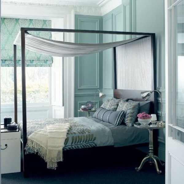 Breathtaking Blue And Gray Bedrooms For Romantic Person: Bed With Light Blue Accent Lining White Canopy Simple Romantic Long Rectangular Bench By The Bed Bright Sunny Bedroom Iron Chandelier Comfortable