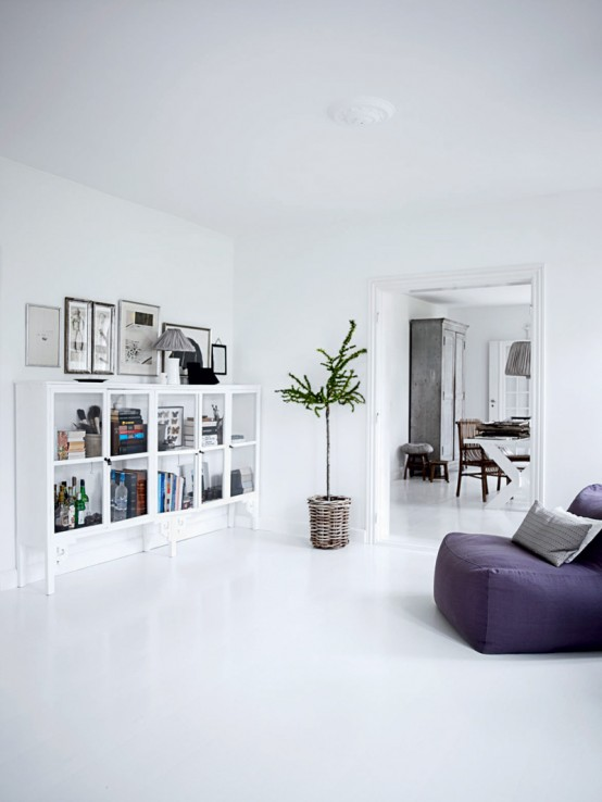 Bright White Themed Homewares Designs : Bold Cool Bright All White Home Interior Design With White Custom Bookshelves And Sofa With Bay Window
