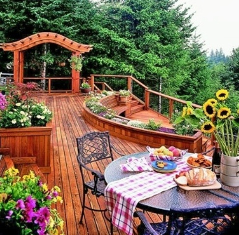 Astonishing Outdoor Deck Design Ideas With Unique Style: Bold Outdoor Deck Design Installing Traditional Wood Railing A Perfect Complement To Our Accents Decking Line Ideas