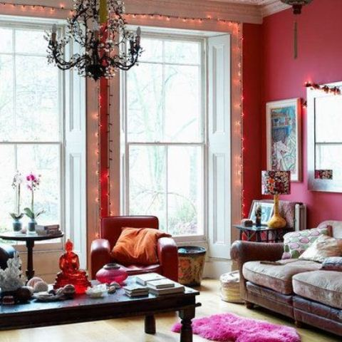 Bold Share The Top Color Pattern For Modern Living Rooms Design: Bold Share The Top Color Pattern For Modern Living Rooms Interior With Sofa Sectionals Coffee Tables Old Pendant And Bay Window With Red Painted Wall With Rug