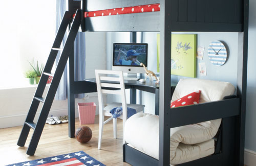 Wonderful Boys Room Design Ideas: Boys Bedroom With Two Storey Bed With Doorstep With Desk Learn Under It Wear Wooden Floor1