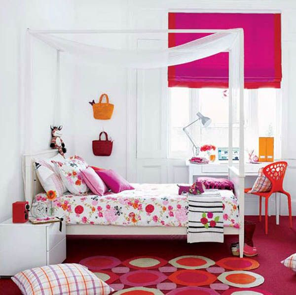 Pink and green girls bedroom ideas : Bright Pink Girl Room