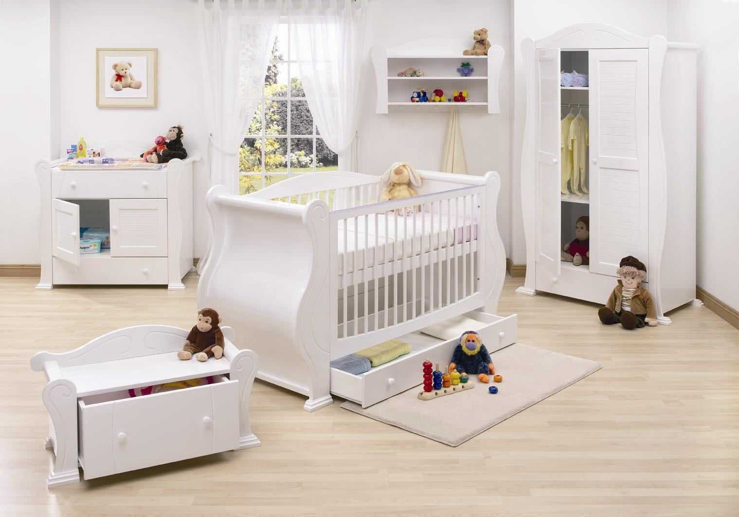 Stunning White Theme Baby bedroom Furniture Concept: Bright Stunning White Theme Baby Bedroom Furniture Design Ideas Nursery Interior Ideas Painted White Cute Baby Furniture Parquet Floor