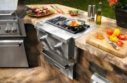 Awesome Outdoor Kitchen Designs That Will Make Your Patio Stylish And Inviting : Calm Casual Outdoor Stylish And Inviting Kitchen Designs Ideas With Grill Is Specially Designed With Cast Iron And Porcelain Coated Features To Prevent Flare Ups