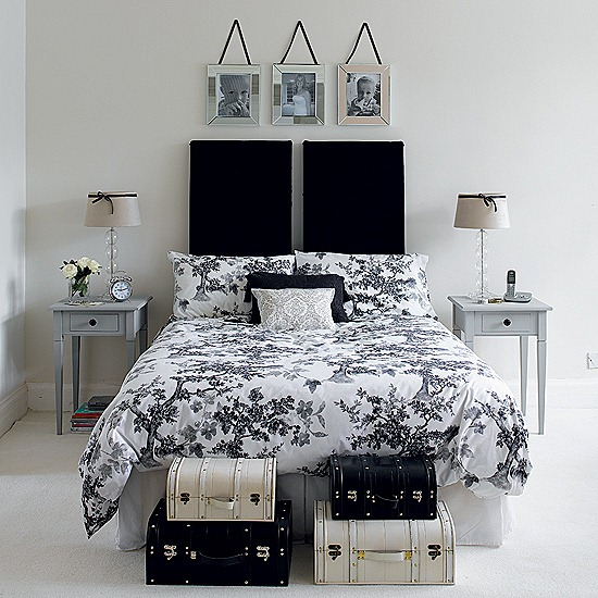 Traditional Fascinating House Interiors: Charm Traditional And Functional Look Black And White Bedroom With Hite Painted Wall And Cotemporary Side Table With Boxes ~ stevenwardhair.com Bed Ideas Inspiration