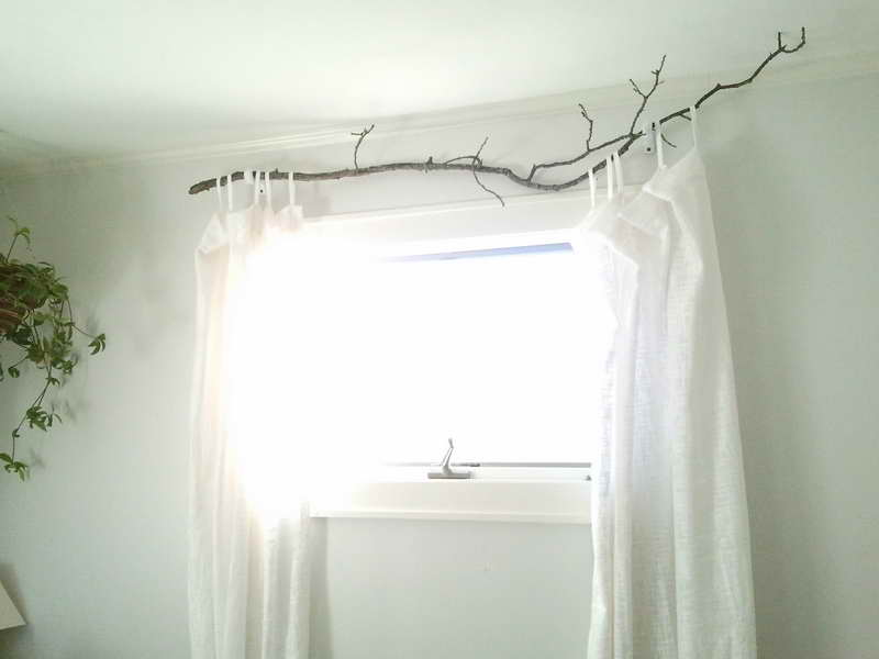 Window Treatment Ideas: DIY Unique Branch Curtain Rod Decoration: Charming DIY Twigs Curtain Rod With White Curtain Ideas