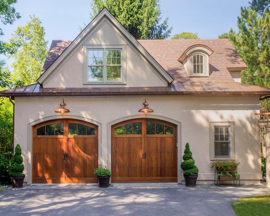 Best Faux Stucco Siding Pictures: Charming Mediterranean Garage And Shed Faux Stucco Siding Turn A Faux Angle Off The Roof Of Ours This Way And Connect To The House Via Hatbill And Covered Angle Walk