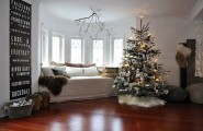 Give The Christmas Spirit into Your Living Room : Christmas Spirit Of White Living Room With Window Seat Christmas Decoration