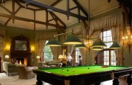 Outstanding Billiard Room Designs For Family : Clean Crisp Modern Billiard Room Designs With Traditionally Designed With A Rectangular Shape And Green Mat And Exposed Wood Ceiling