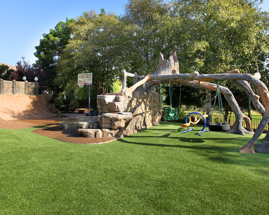 Wonderful Backyard Landscaping Ideas For Kids : Contemporary Backyard Landscaping Ideas Pretty Much Perfect Play Space For Kids Swings And Skateboard Ramp