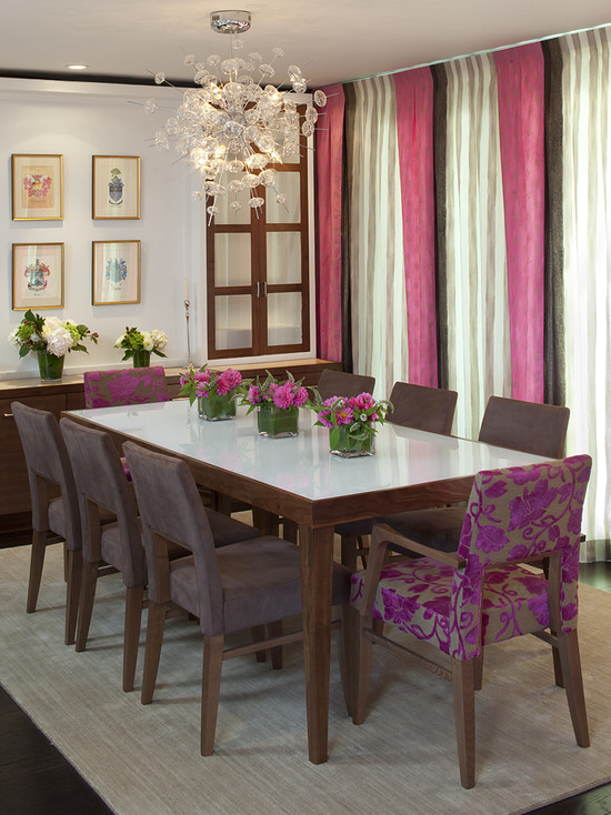 Beautiful Black White And Purple Colors Design : Contemporary Black White Purple Dining Room With The Side Chairs Around This Dining Table Wear A Purple Almost Gray