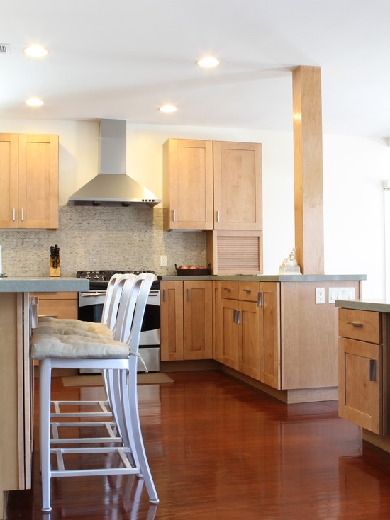 Wonderful Light Maple Kitchen Cabinets For Your Home Designs : Contemporary Kitchen At Newton Residence With Stained Maple Shaker Cabinets Factory Finished