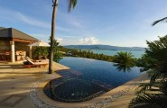 Spectacular Infinity Pool 2 : Cool Bay View Infinity Pool Design With Tile Flooring Lounge Mini Bar Ideas