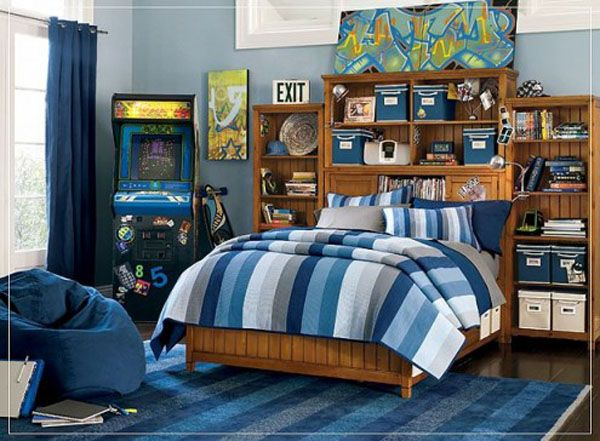 Cool Bedrooms For Teens: Cool Bedroom For Teens 2 With Wooden Bed Bedcover Pillows Shelf Storages Rug Wooden Flooring Ideas