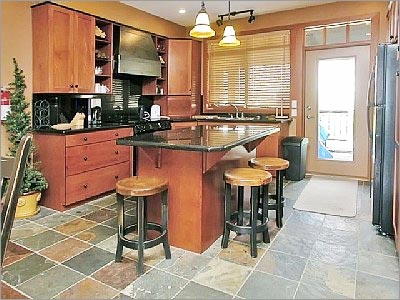 Kitchen Tile Flooring Designs Ideas: Cool Kitchen Slate Tile Flooring Design With Cabinet Seats Lamps Ideas