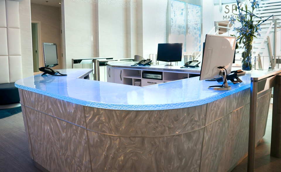 Inner Glow ThinkGlass Versatile Countertop Design: Cool Transaction Desk Design With Inner Glow Glass Countertop Ideas