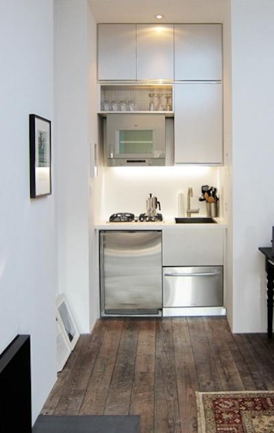 A Properly Designed Small Kitchen With Minimal Cutter And Maximum Efficiency: Corner White Built In A Properly Designed Small Kitchen With Minimal Clutter And Max Efficiency With Built In Kitchen Decor Hanging Cabinet