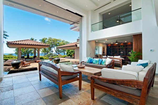 Tropical Gardens And Ultimate Villa Design In Maui, Hawaii: Thousand Waves Holiday Villa: Cozy Chinese Pavilion And Ocean View Open Space Living Area Interior Design With Indonesian Furniture Ideas In Maui Hawaii