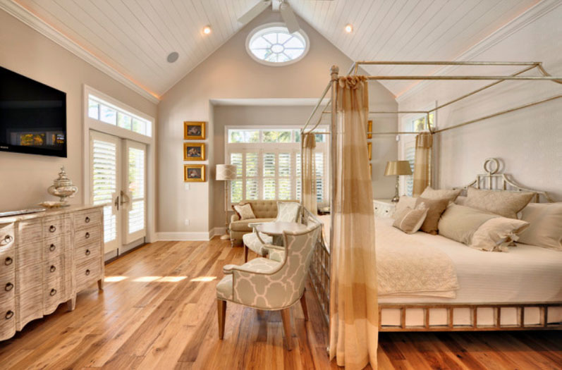Flaunt Your Bedrooms with Decorative Canopy Beds (part-1) : Cozy Modern Bedroom Design Showcases The Revival Of The Iron Canopy Bed