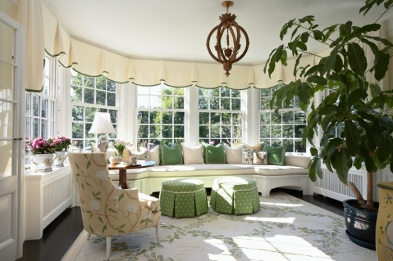 Breathtaking Furniture Room Layout And Accent Pieces Sunroom Design Ideas: Cozy Sunroom With A Bunch Of Planters 554x368