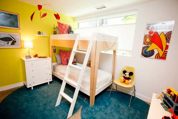 Space Saving Ideas: Various Bunk Beds Design Ideas: Cozy White Yellow Wall Teen Bedroom Design With Brown Bunk Bed And Blue Round Area Rug