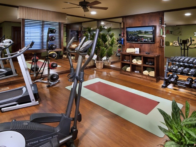 Inspiring Strategically Placed Gym In A Stylist Living Room: Decoration For Your Home Gym Design Ideas Fitness Equipment Training Equipments Combined Space For Aerobic Tools Dumbblles Racks
