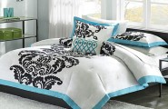 Sleek Color Combination For Bedroom Decoration : Develop Mature Tastes Bedroom Style With Energetic Combination Of Bold Color Pairs Perfectly With The Romantic Of Black And White Color