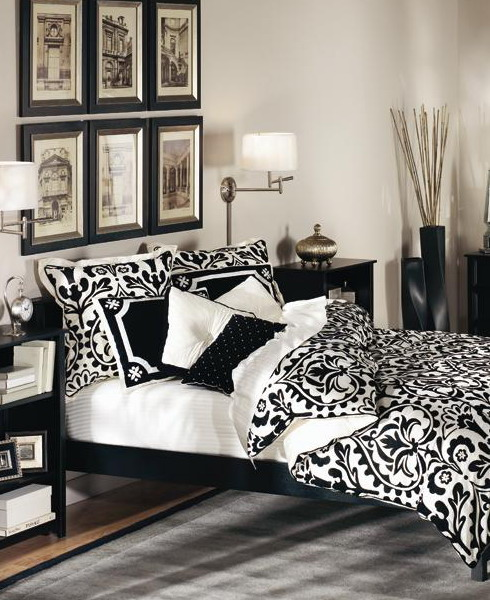 Black and White Furniture Decorating Ideas : Dramatic Traditional Black And White Bedroom Cool White Walls Perfectly Match The White Furniture