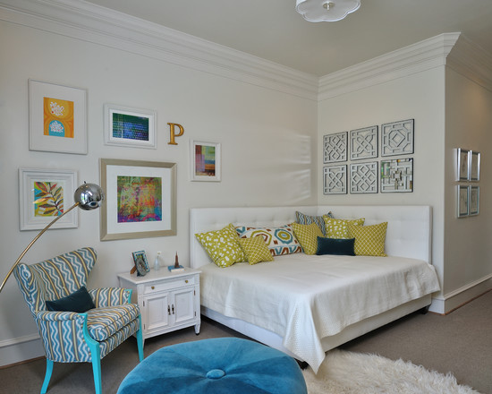 Building A Queen Size Platform Bed For Comfortable Bedroom: Eclectic Kids Bedroom With Queen Sized Vinyl Upholstered Daybed Antique Chair And Nightstand Intage Chrome Lamp And New Flokati Rug Enhance The Retro Feel Of The Room