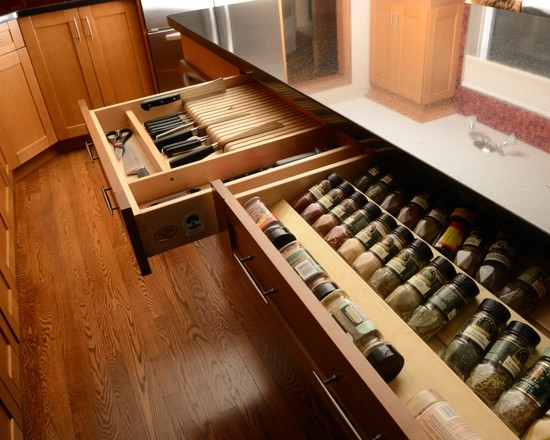 Amazing Kitchen Design With Drawer Inserts: Eclectic Kitchen Spice Drawer And Built In Knife Kitchen Draw Inserts