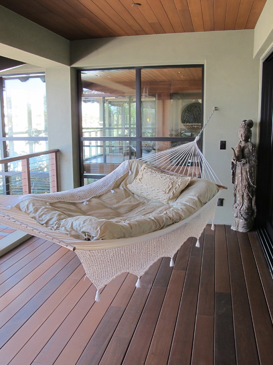 Various Type Of Hooks For Hammocks: Eclectic Porch Use The Feather Mattress On Hammock Attached To Side Of Walls